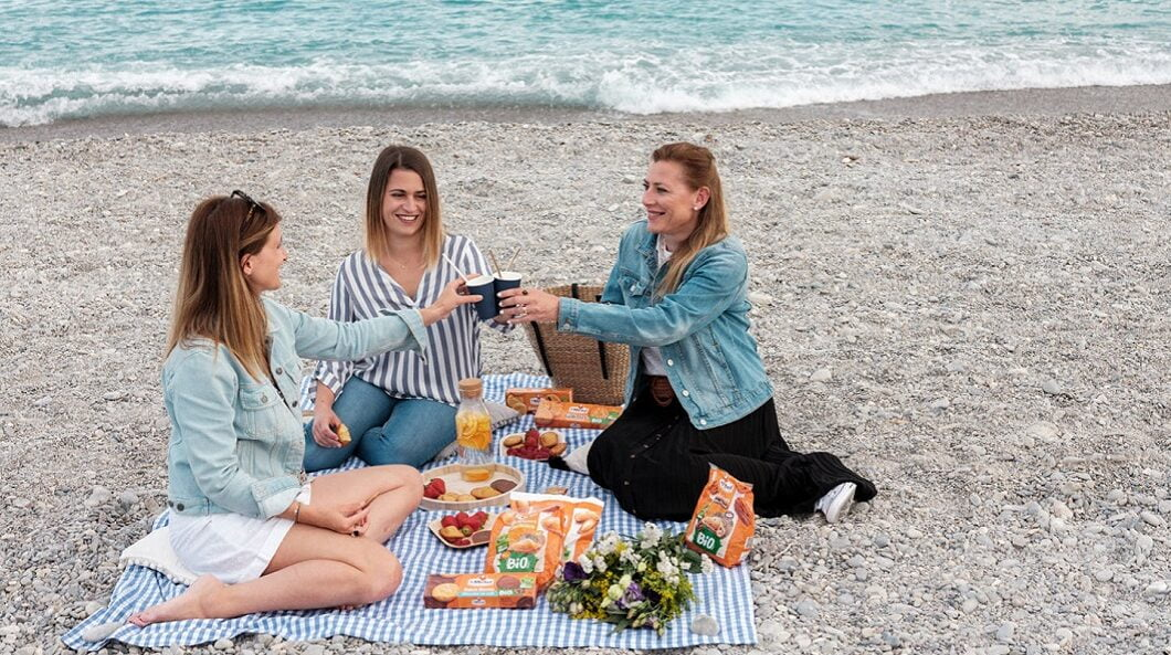Petit Manoir du Casino- Hotel and Pavillons - Picnic at the Beach Package